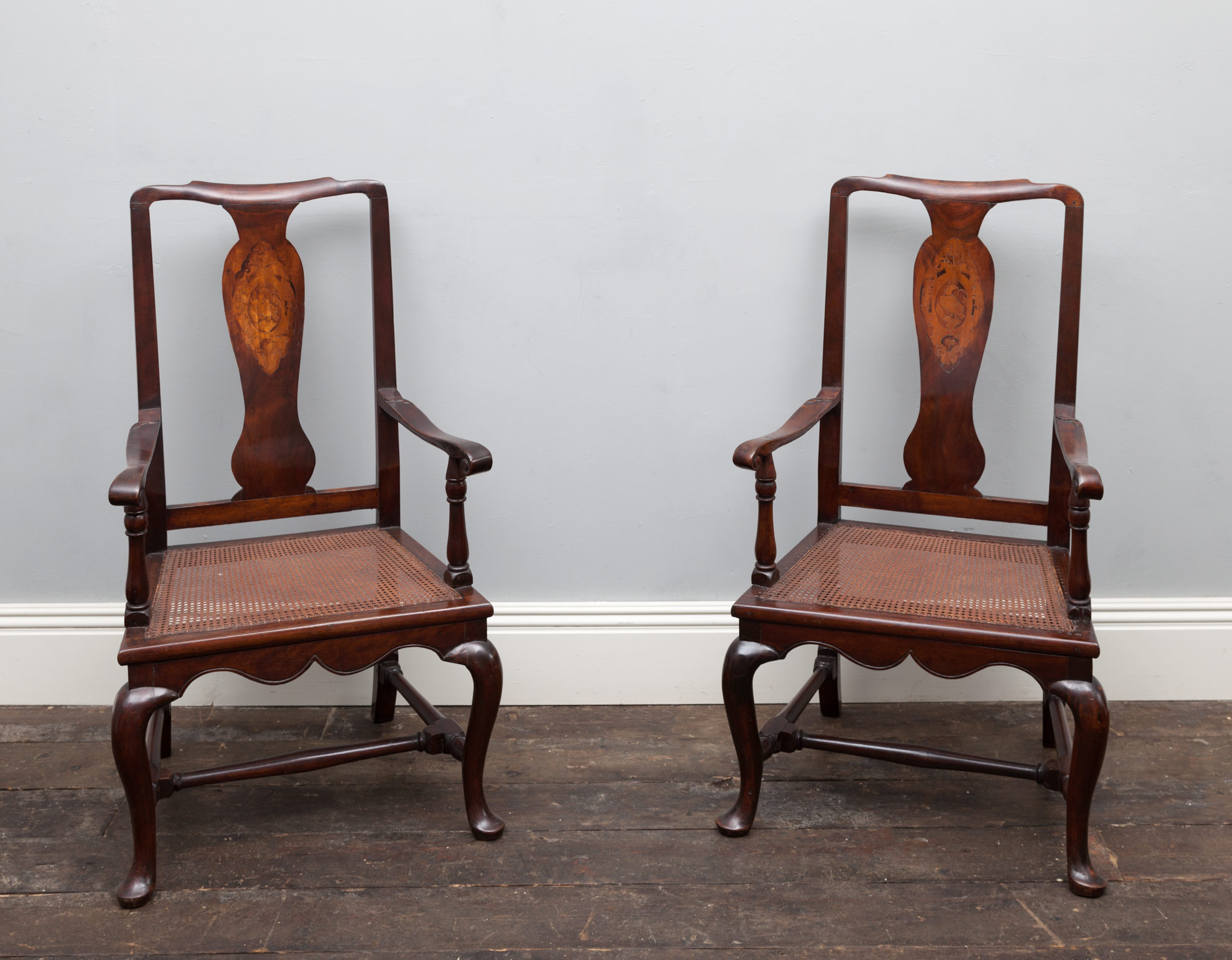 Pair of Chairs – AF050