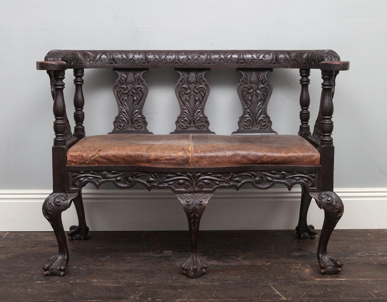 Carved settee – AF058