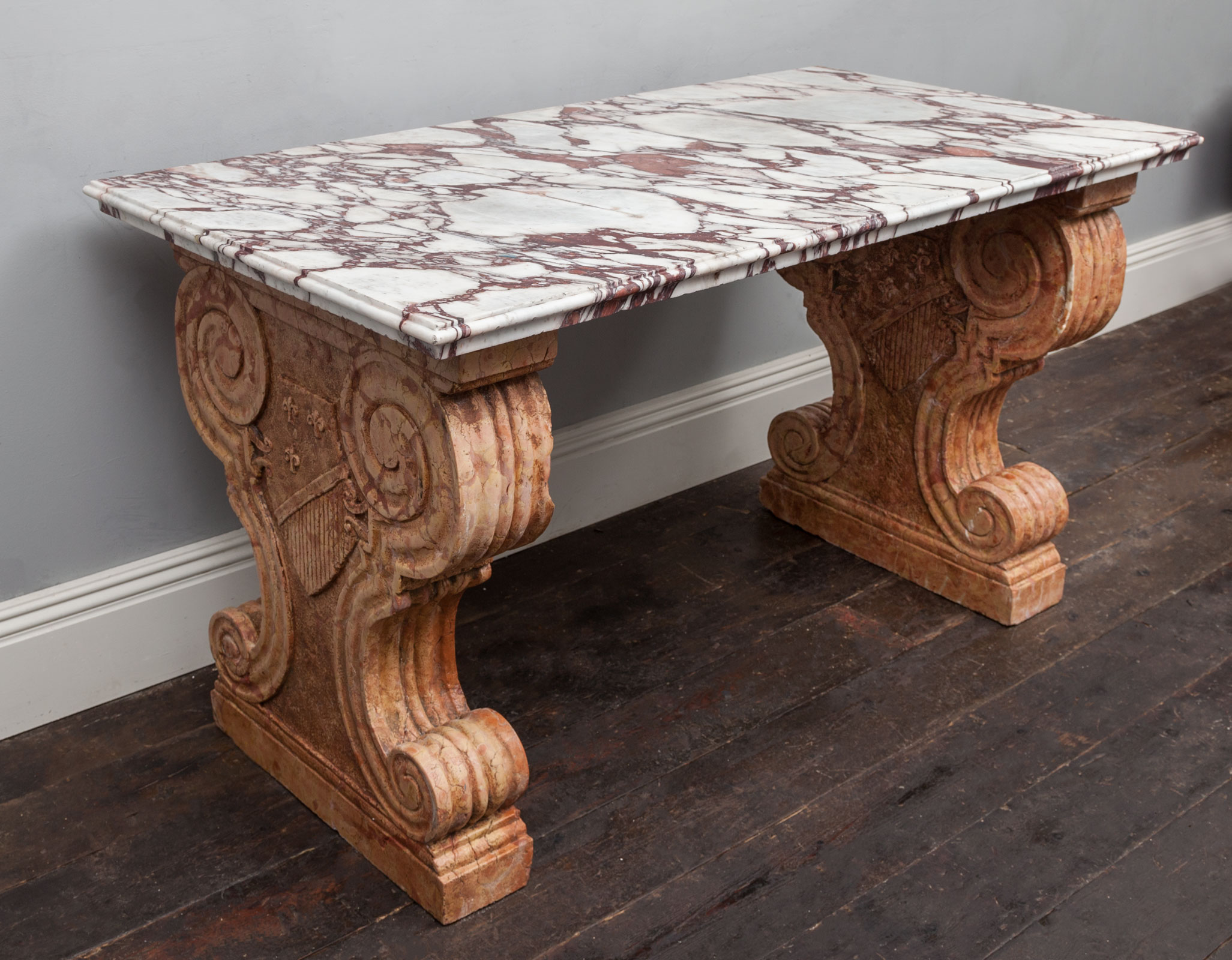 Marble Table – AF072