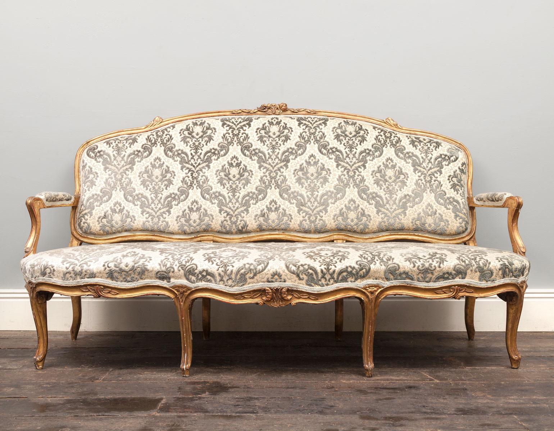 Antique Sofa – AF097