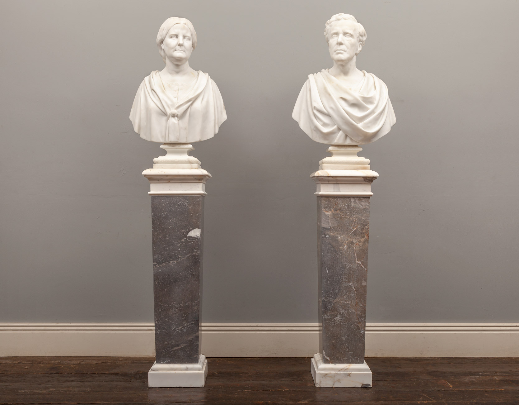 Pair of Busts – SC033