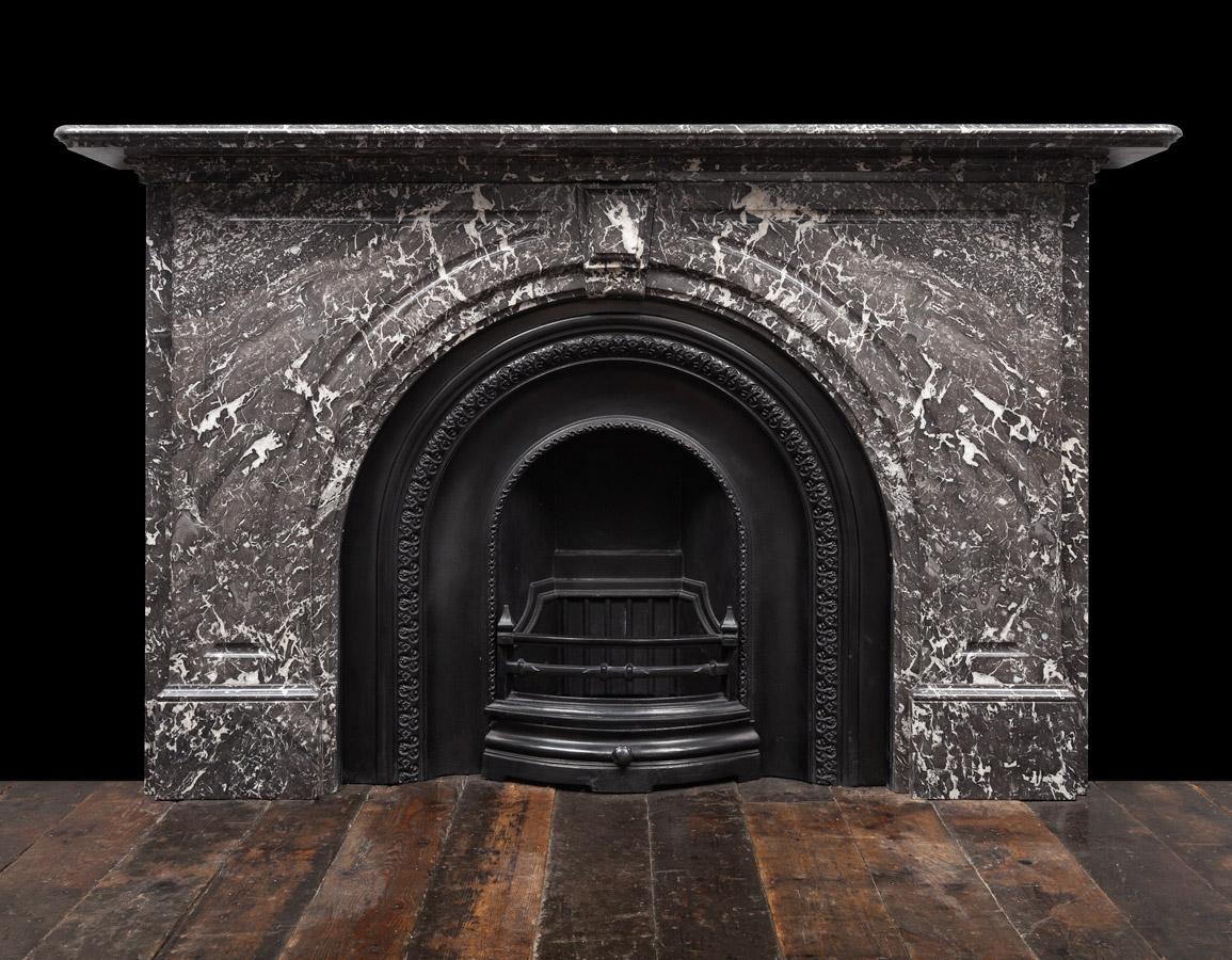 Victorian Mantel – 19397