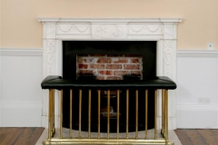 18th century Neo-classical marble fireplace with cast-iron hob grate