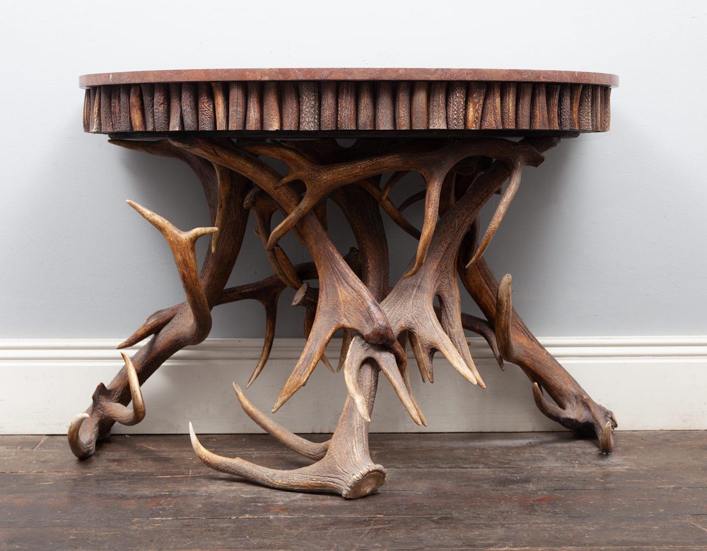 Antler table – AF109
