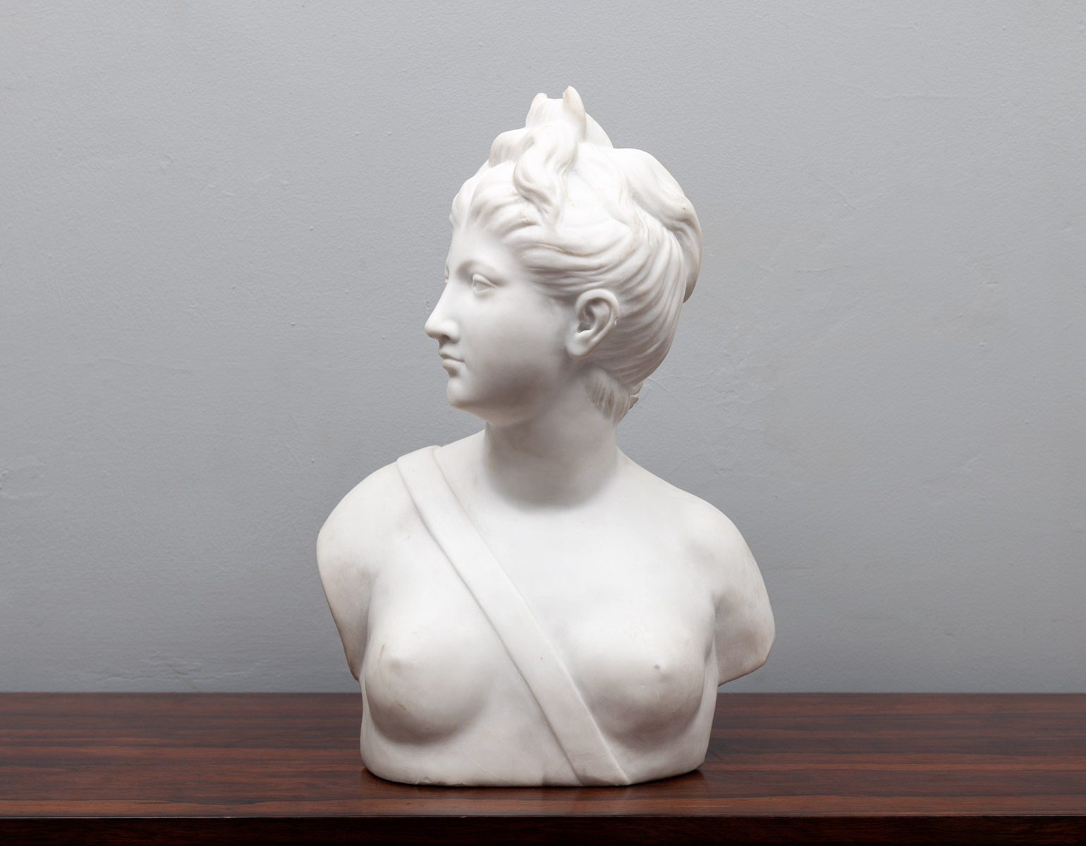 Marble Bust – SC029