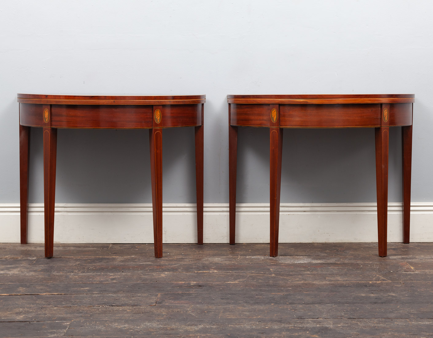 Pair of Tables – AF114