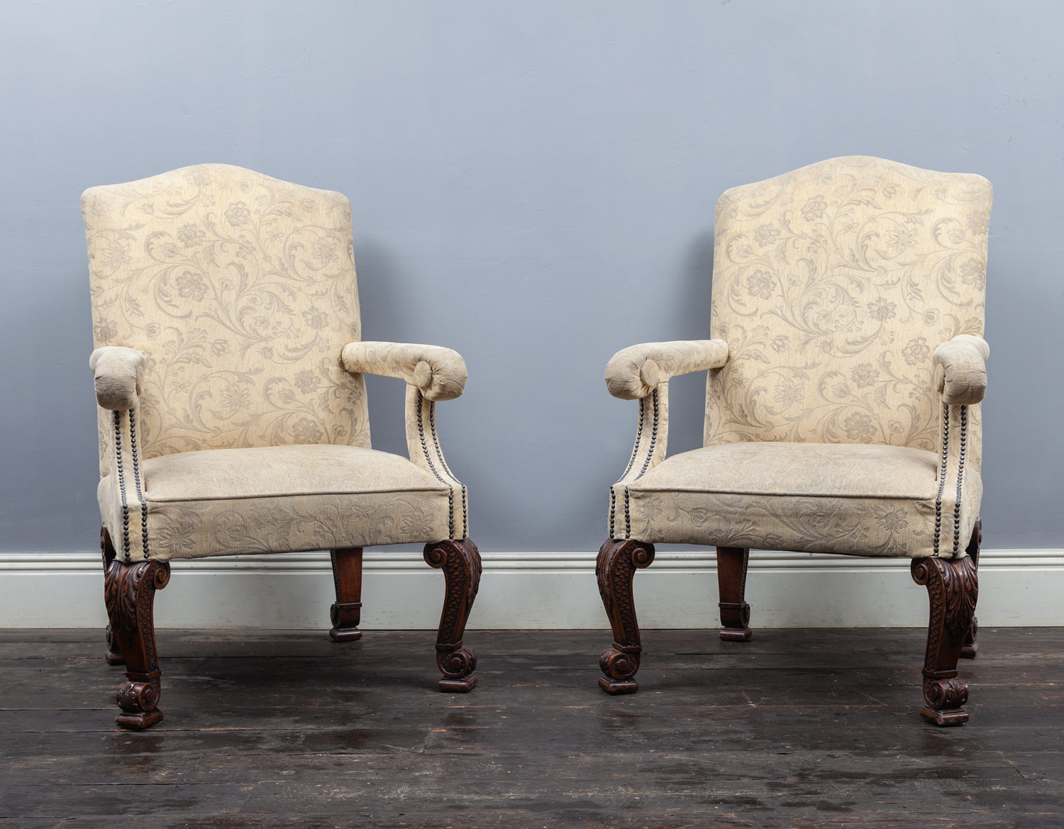 Pair of chairs – AF123