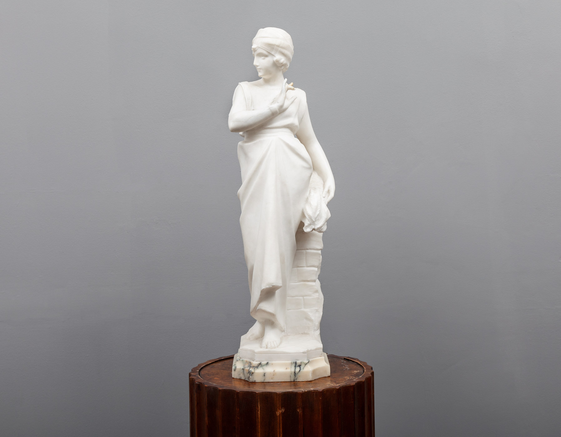 Marble Figure – SC042