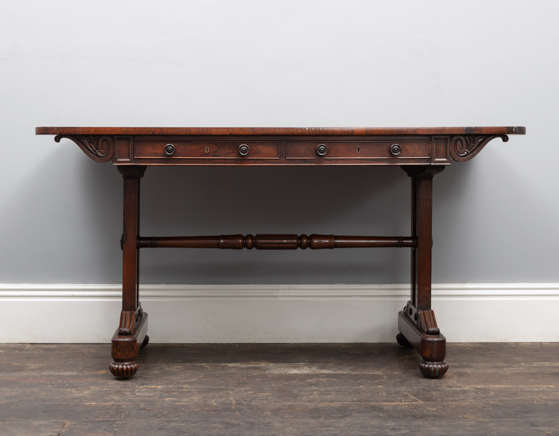 Library Table – AF152